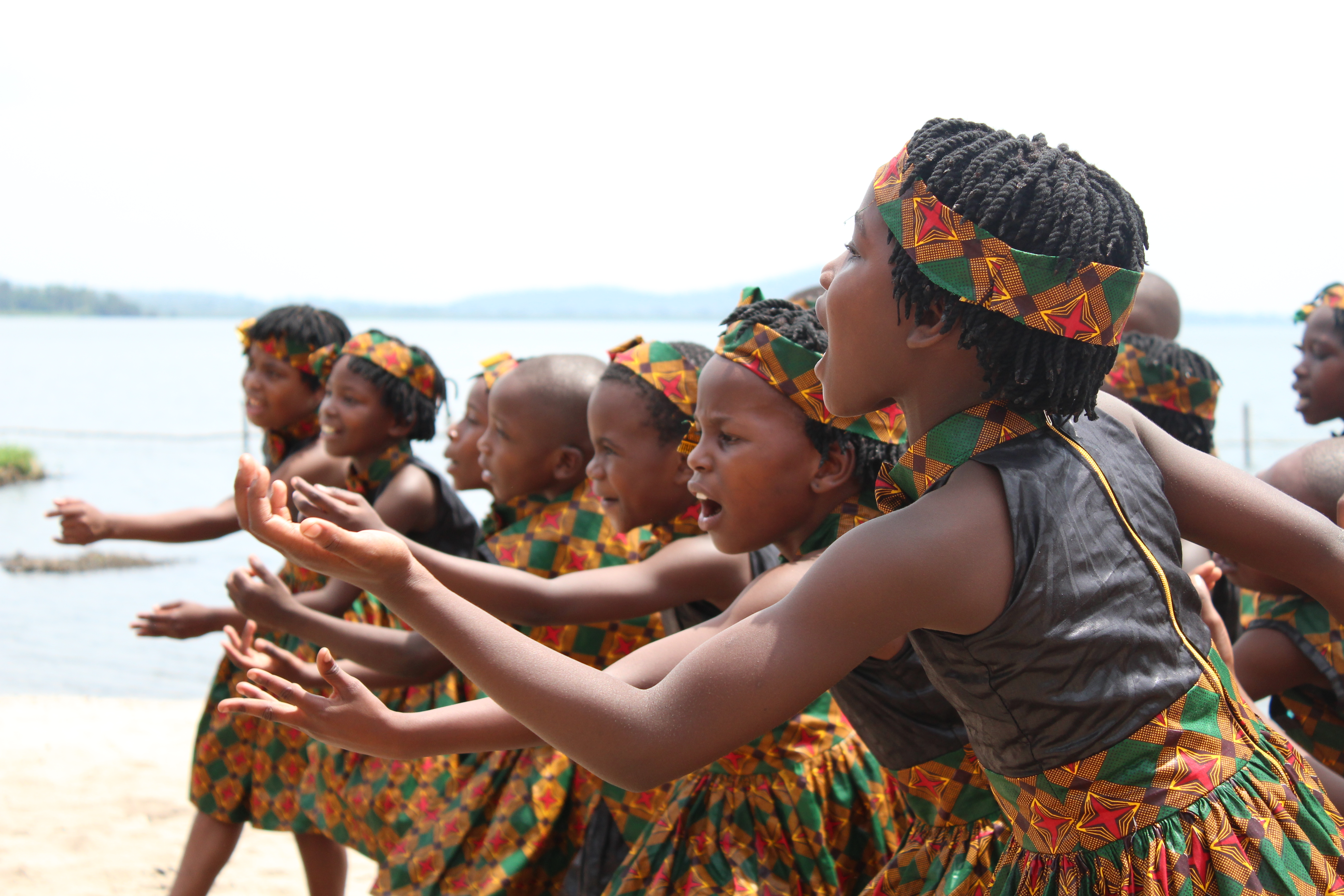 Abaana - Come and See the New Life Choir!